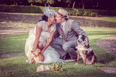 BRIDE WITH DOG SPOSA CON CANI
